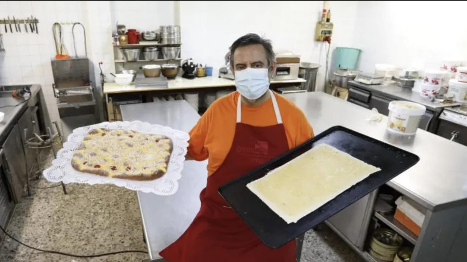 """Entrevista """"De fruita o de crema, ja se sent la dolça aroma de les coques a Valls"""", a El Diari de Tarragona"""